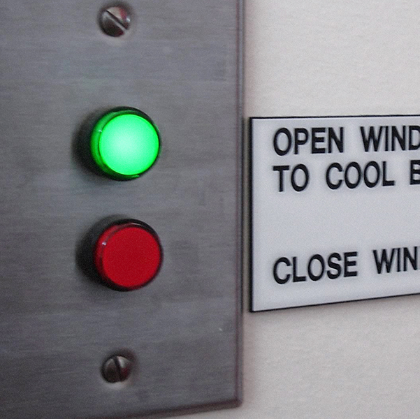 Signaling system for operable windows